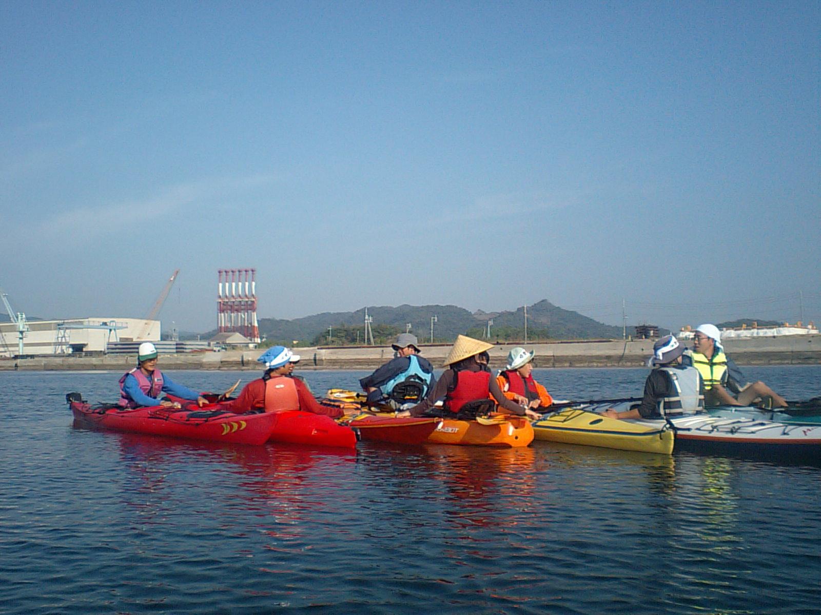 【現場レポート】9月24日の田名埠頭 原康司・虹のカヤック隊